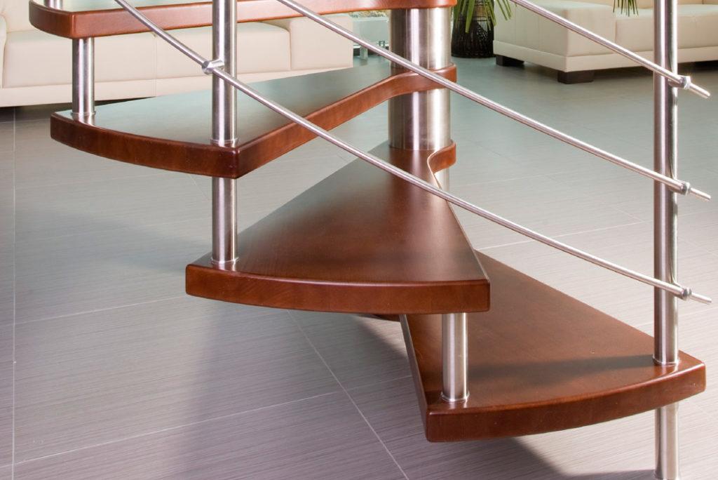 wendeltreppen unterschiedliche m glichkeiten und variationen. Black Bedroom Furniture Sets. Home Design Ideas